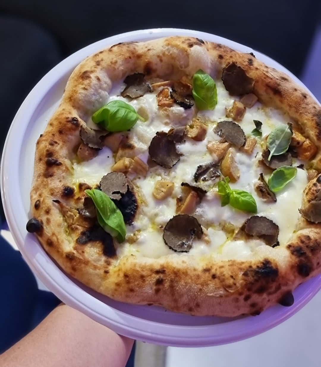 pizza la tartufo